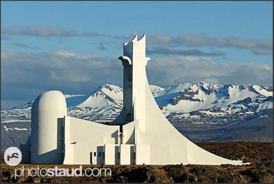 Moderní kostel v Stykkisolmur, poloostrov Snaefellsnes, Island