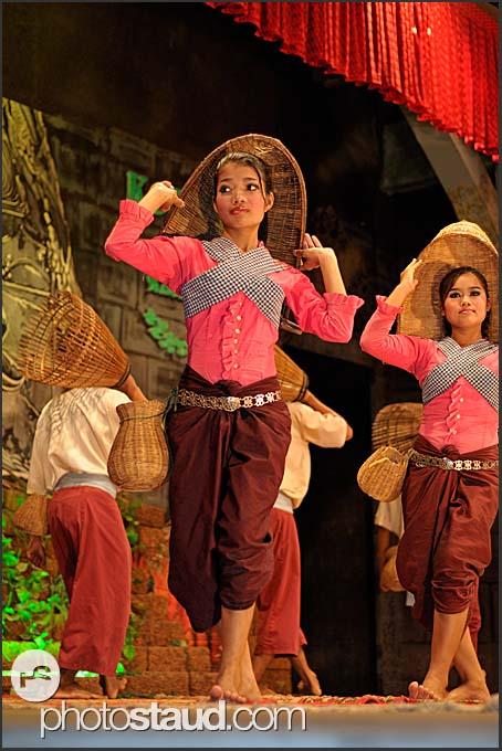 Khmer traditional Apsara dancers in Siem Reap, Cambodia