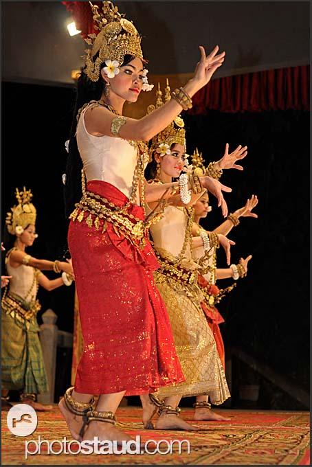 Beautiful Apsara dancers performing traditional Khmer dances, Siem Reap, Cambodia