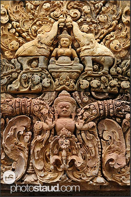 Elaborate stone carvings banteay srei temple angkor
