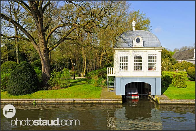 Scenery along Dutch canals, Holland, Europe