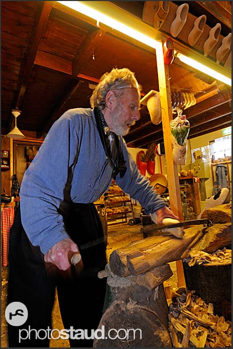 Shoemaker Ben van Woensel makes wooden clog at De Vriendschap in Volendam, Holland, Europe
