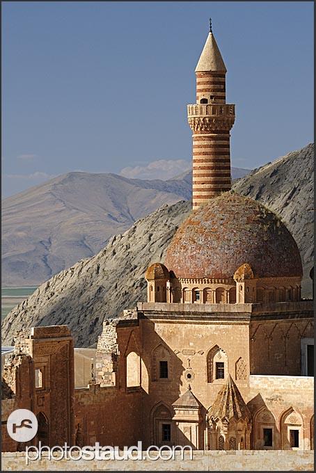 Ishak Pasha Palace, Dogubeyazit, Agri Province, Turkey ...