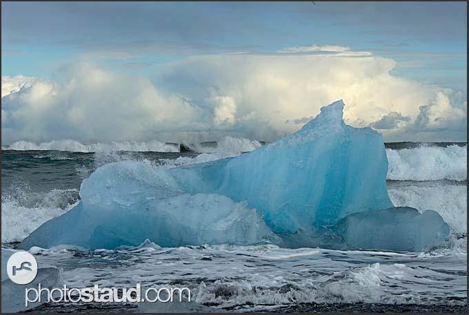 Icebergs from Vatnajokull glacier on the way to the Atlantic Ocean, Iceland