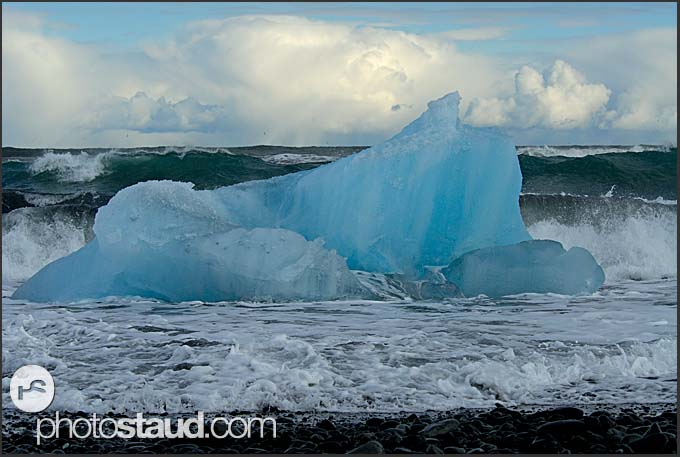 Icebergs from Vatnajokull glacier on the way to the Atlantic Ocean, Iceland