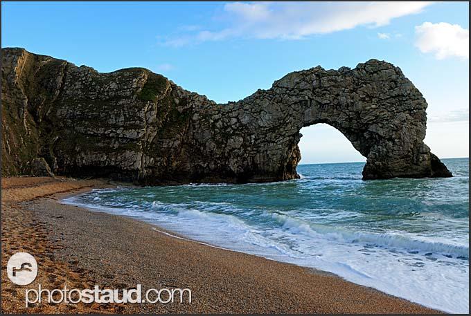Durdle Door natural limestone arch, Jurassic Coast World Heritage site, Dorset, England, Europe