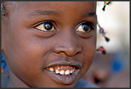 Close-up portrait of little Kenyan girl, Suguta Marmar, Kenya