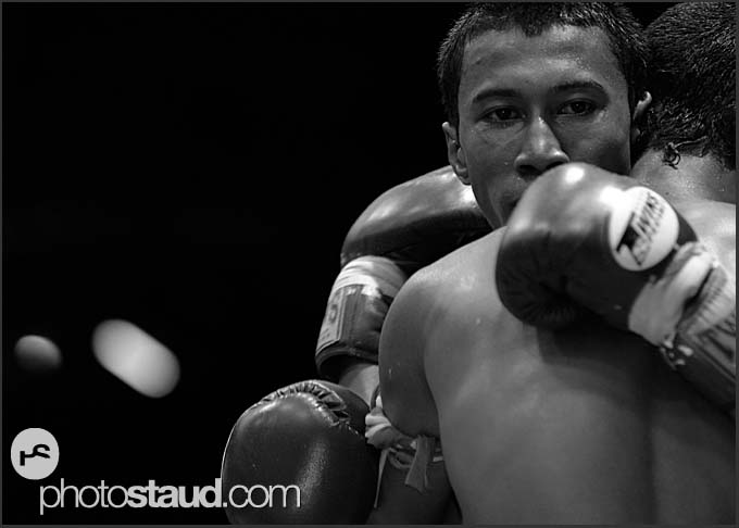 Muay Thai fighters, Thai boxing, Lumpini Boxing Stadium, Bangkok, Thailand