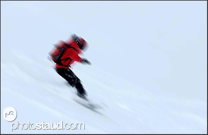 Freerider on the slopes of Murren Schilthorn, Switzerland, Europe