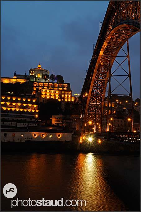 Ponte de Dom Luis I bridge and Mosteiro da Serra do Pilar illuminated by night, Porto, Portugal