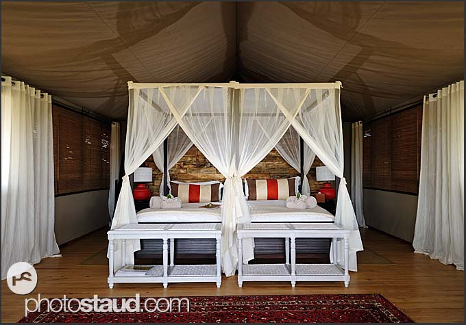 Toka Leya Camp - luxurious lodge in Mosi-oa-Tunya National Park, Zambia