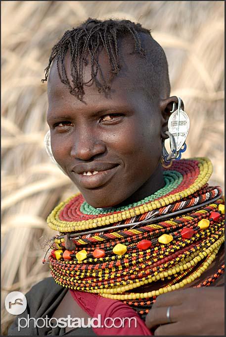 http://www.photostaud.com/img/fotogalerie/turkana-people-destination/kenya-turkana-018.3.jpg