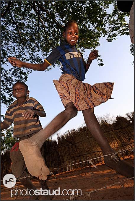 D Exhibition Zambia : Zambian children rope skipping zambia village