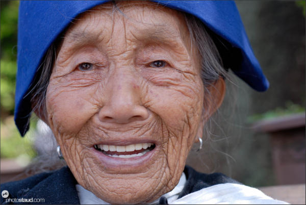 Old Naxi women, Lijiang, Yunnan, China