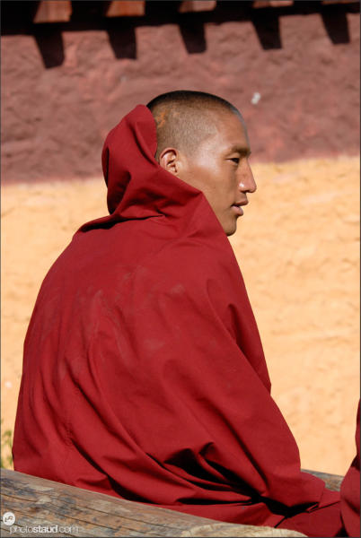 Monk at the Songzalin Si monastery in Zhongdian – Shangri-la, Yunnan, China