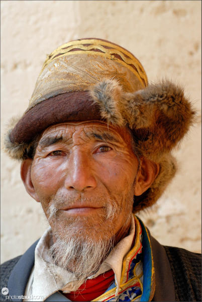 Old Tibetan man in Zhongdian – Shangri-la, Yunnan, China