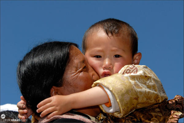 Tibetan mother and son, Zhongdian – Shangri-la, Yunnan, China
