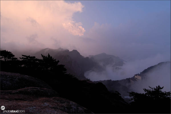 Sunset in the Yellow Mountains – Huangshan, Anhui, China