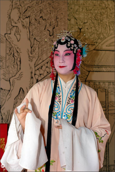 Actress of traditional Chinese Opera, China